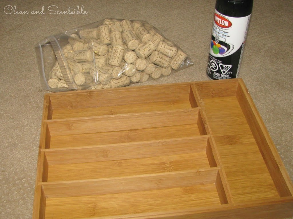Wine cork memo board clean and scentsible for Wine cork ideas projects
