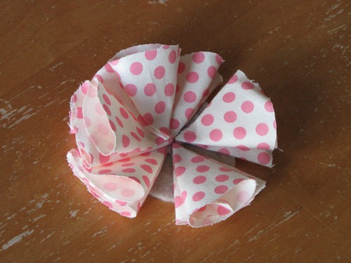 How to make a fabric flower.