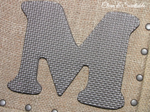 Easy DIY Burlap Bulletin Board tutorial. // from Clean and Scentsible