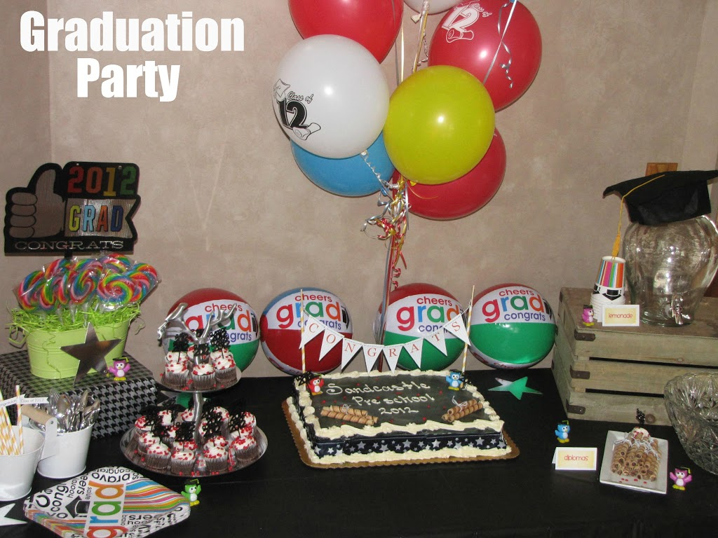 Preschool graduation party clean and scentsible - Kindergarten graduation decorations ...