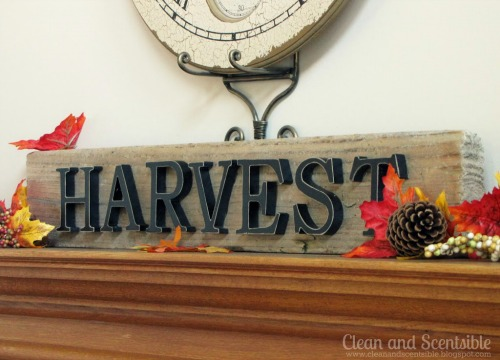 Rustic Harvest Sign.