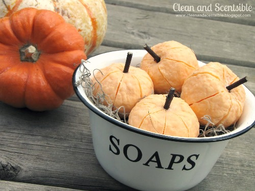 These pumpkin soaps are so cute and super easy to make!