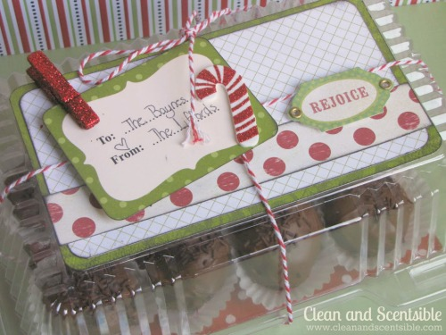 Cute packaging for Christmas cookies.