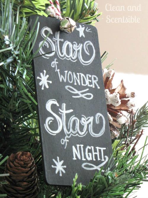 Chlakboard art Christmas ornaments. I love these!