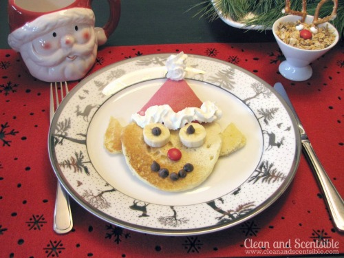 These elf pancakes are so cute!  Lots of other ideas too for a fun kids' Christmas brunch or Elf on the Shelf Welcome breakfast.