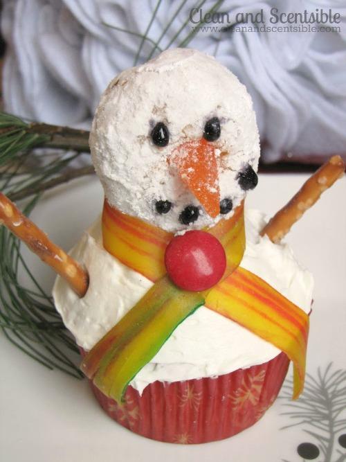 Snowman Cupcakes - so cute!
