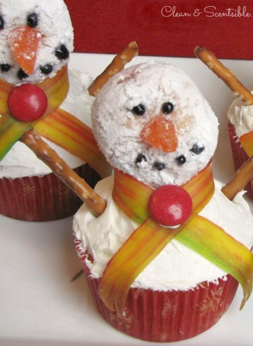 Snowman cupcakes - cute!!