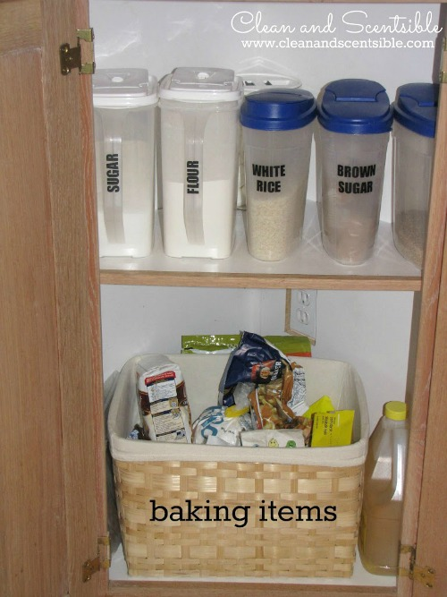 Great tips for organizing your pantry.