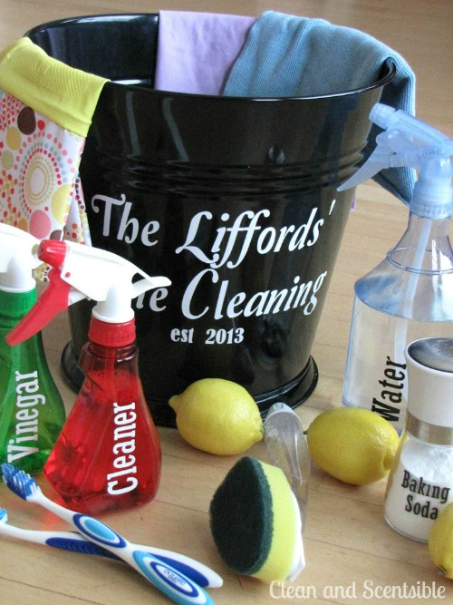 How to organize your cleaning supplies {green cleaning}