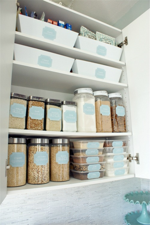 Great tips on how to organize your pantry.