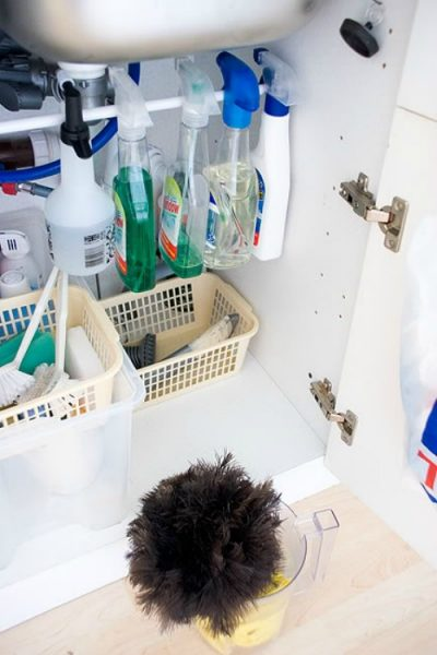 Great tips for organizing under the kitchen sink.