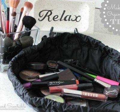 Top organization posts of 2013: Lots of great make-up organization ideas.