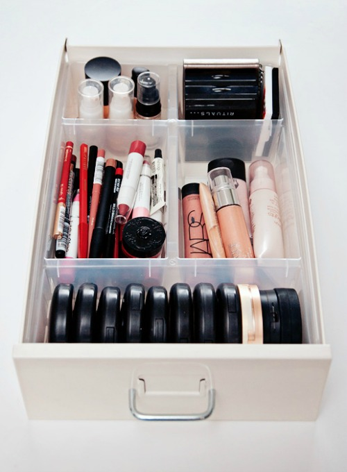 Lots of great make-up organization ideas.