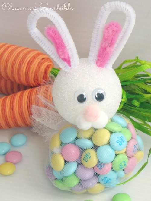 Easter Bunny Treats.  These are really easy to make and SO cute!