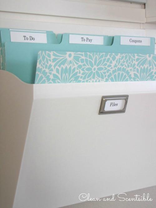 Pretty file folders for Kitchen Command Center.