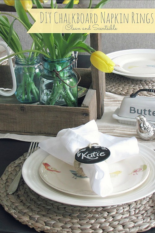 Fun DIY Chalkboard Napkin Rings.  So easy to change up for any occasion! // cleanandscentsible.com