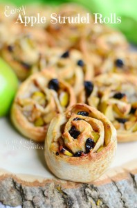 Easy Apple Strudel Rolls 1 (c) willcookforsmiles.com #apple #strudel #fallrecipes