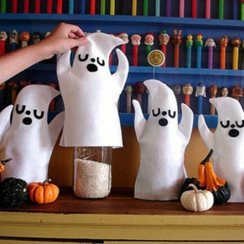 Ghost cozies and 20 other ghostly Halloween ideas!