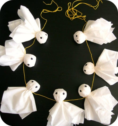 Ghost garland and 20 other ghostly Halloween ideas!