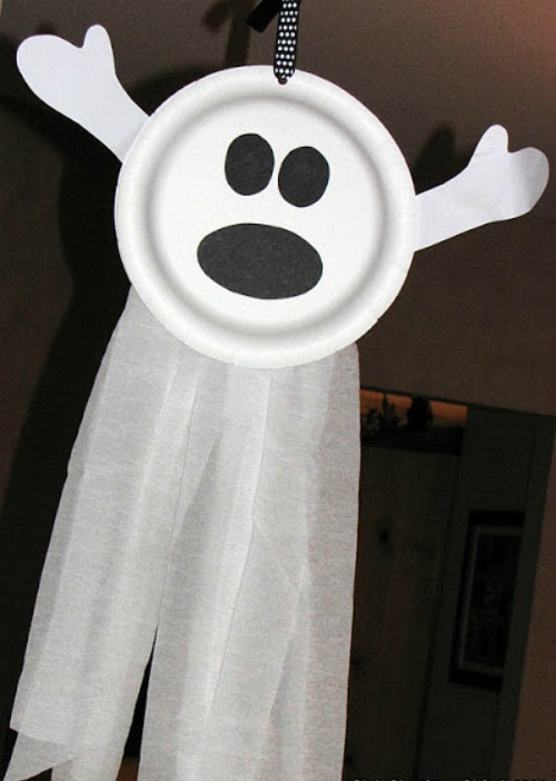 Paper plate ghosts and 20 other ghostly Halloween ideas!