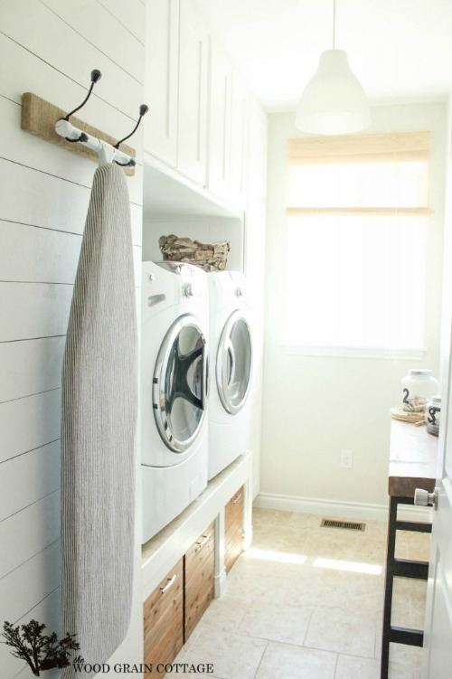 Laundry room inspiration and the september household - Laundry room wall ideas ...