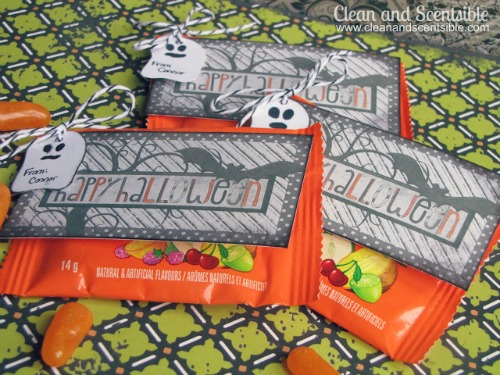 Cute Halloween Treats with Free Printables!  Great for quick class treats!