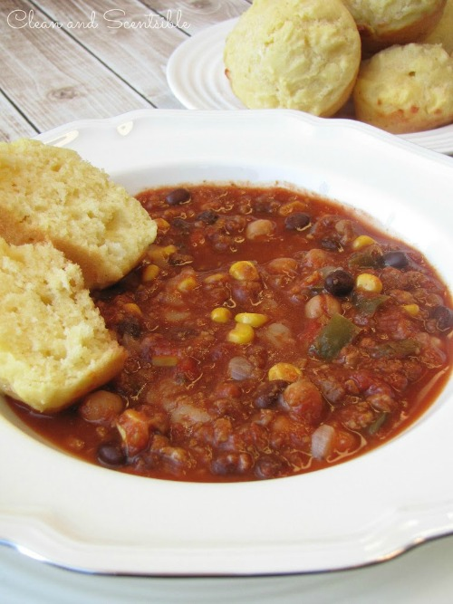 Slow Cooker Chili and cornbread.