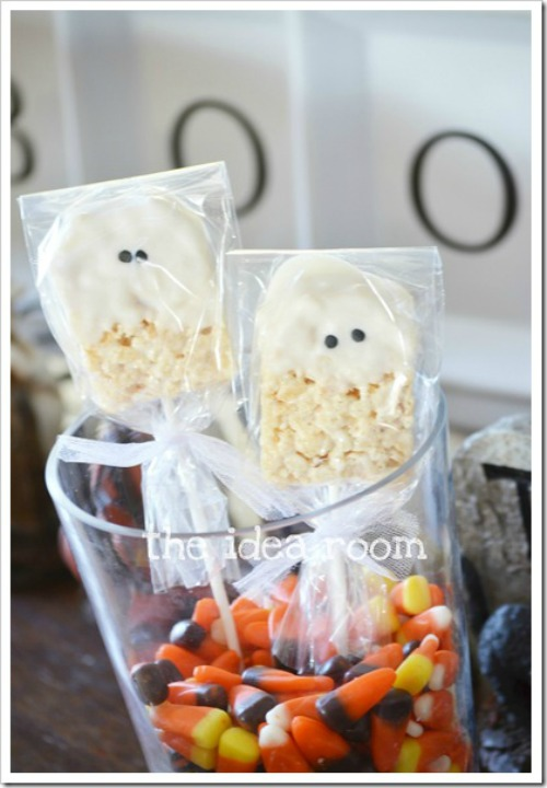 Rice Krispie Ghost Bars and 20 other ghostly Halloween ideas!