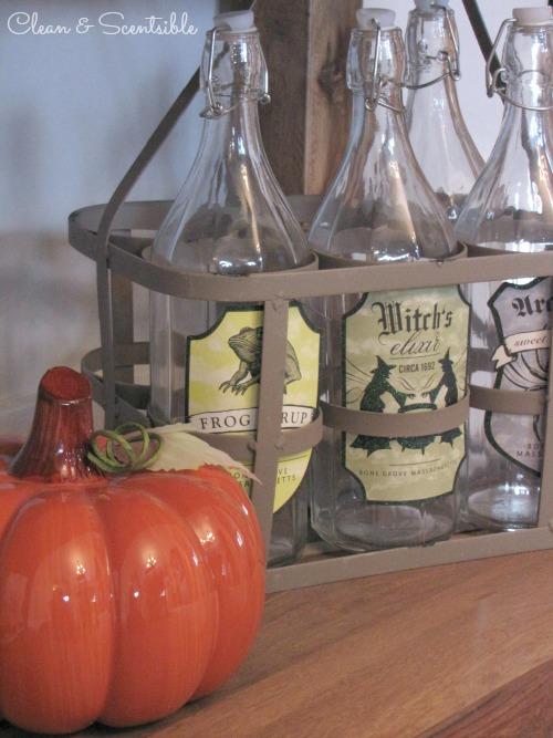 Lots of Halloween decorating ideas.