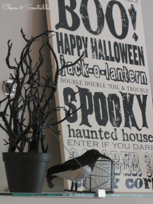 Lots of Halloween decorating ideas!