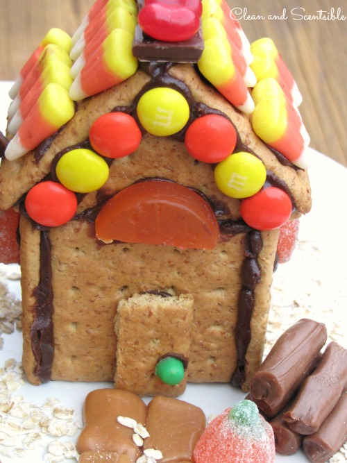 Thanksgiving {or fall} house made from graham crackers and left over Halloween candy - a great way to use up your stash!