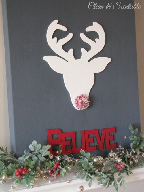 Cute DIY reindeer canvas.