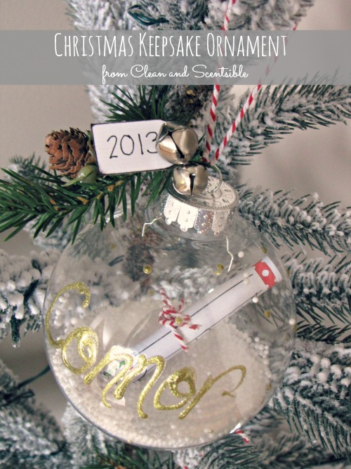 Cute Christmas Keepsake Ornament to make with your kids. Free printable included.