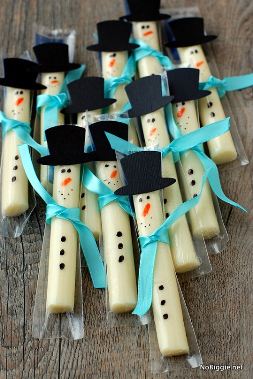 awesome ideas for healthy christmas snacks great for class parties or as an alternative to