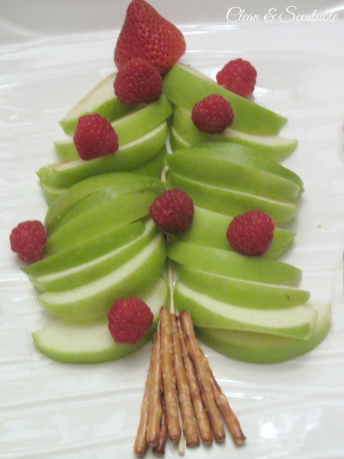 Fruit Christmas tree and other ideas for a fun Christmas breakfast!