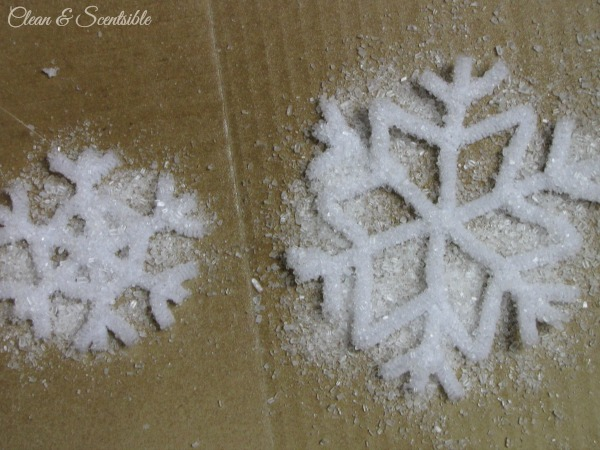 Frosted pipe cleaner snowflake ornaments.