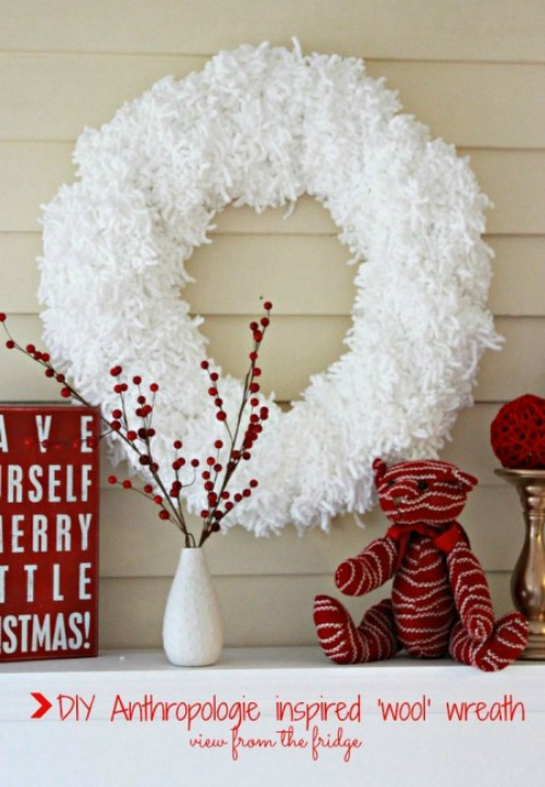 Tufted wool wreath and other Christmas crafting ideas.