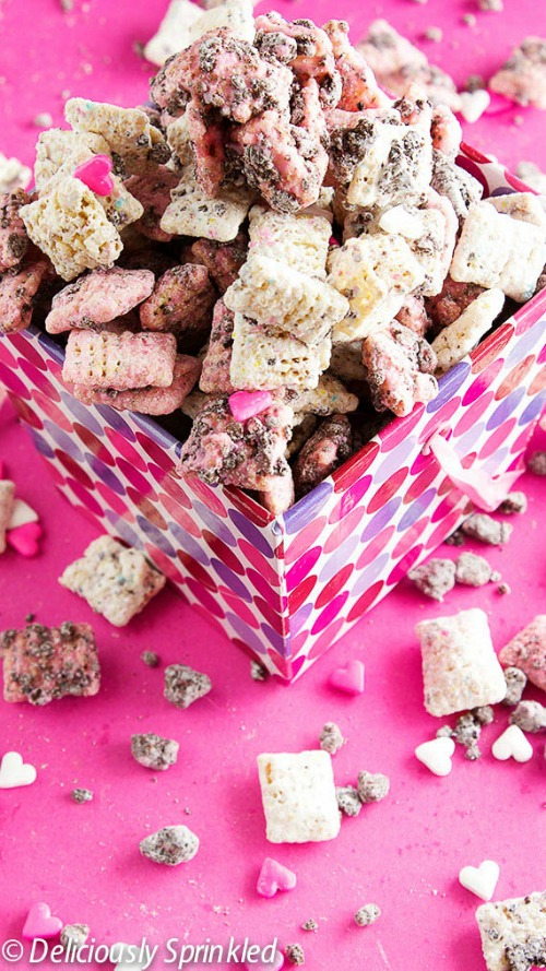Inspiring Valentine's Day projects and recipes.
