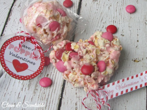 Valentine's Day popcorn pops and free printable Valentine's Day tags.