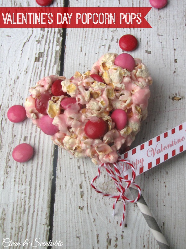 Valentine's Day popcorn pops with free printables!