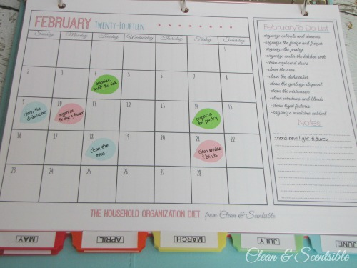 Everything you need to create a cleaning binder.  This is great to help keep yourself on track!  Free printables included.