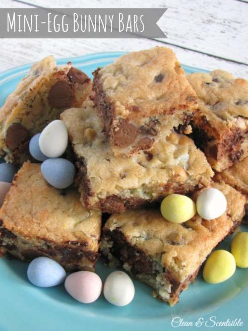 Bunny Bars in a Jar: Mini-Egg Bars