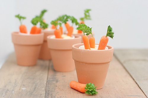 Lots of fun and healthy Easter food ideas!  The kids will love these!