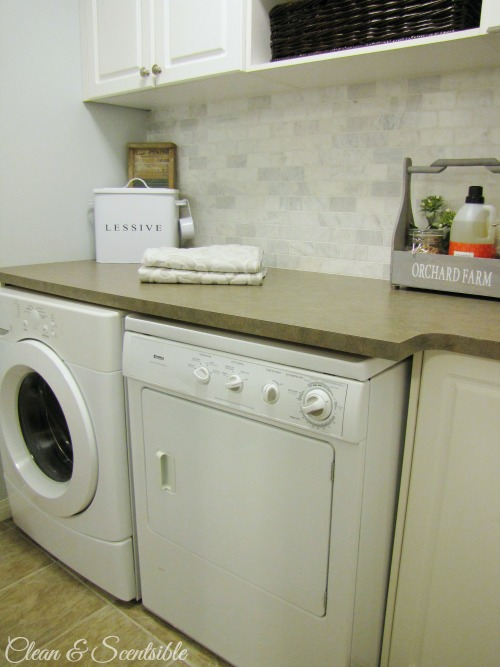 Great laundry room organization and design ideas!
