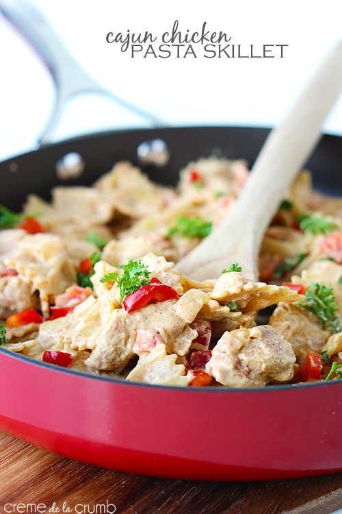Lots of quick and easy one pot dinner ideas.  Perfect for those weekday meals!
