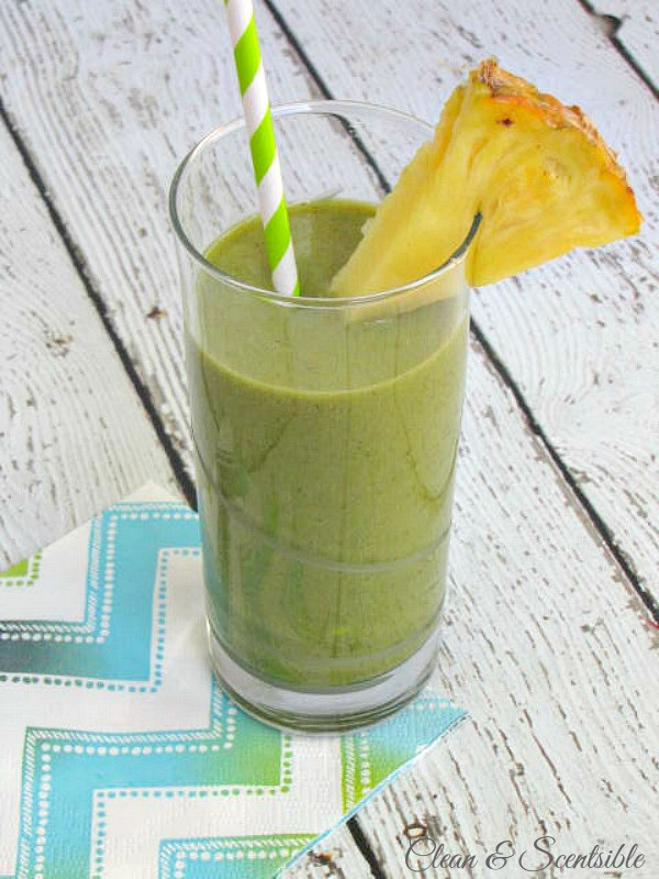 Tropical green smoothie recipe - healthy and delicious!