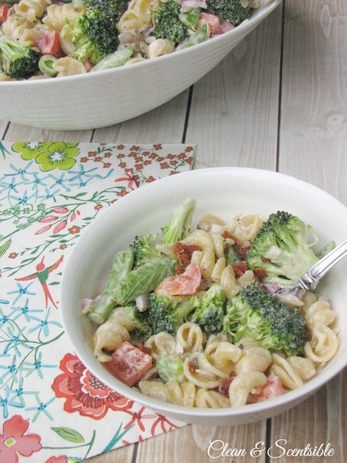 This fresh pasta salad is so easy to make and the perfect side dish for summer BBQs!