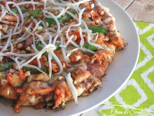 The best Thai chicken pizza!
