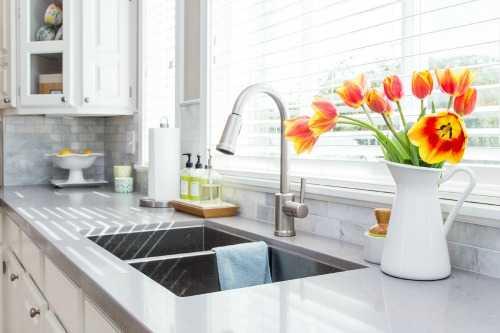 White Kitchen Countertops | How To Choose A Kitchen Countertop Clean And Scentsible