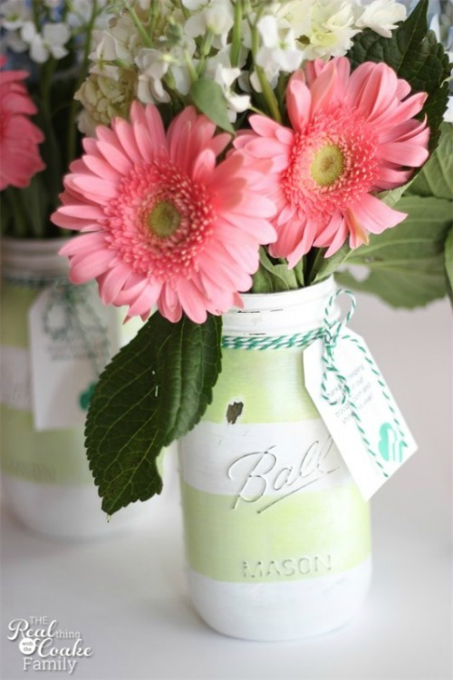 Mason jar gift idea and lots of other fun summer projects.